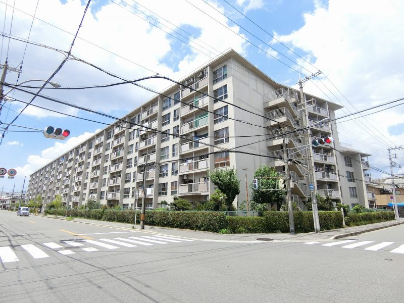 7階建てマンション♪(外観)