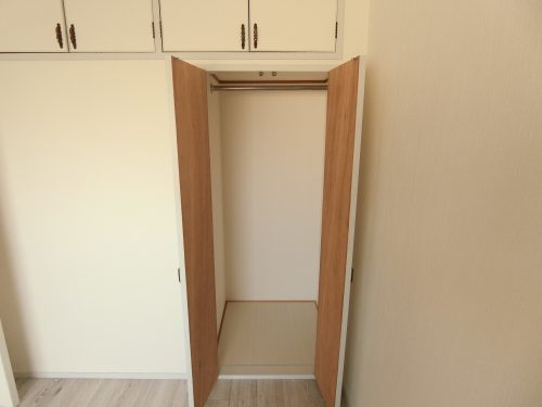 収納付ですっきり収納できます。プライベート空間が保てるお部屋です♪(子供部屋)